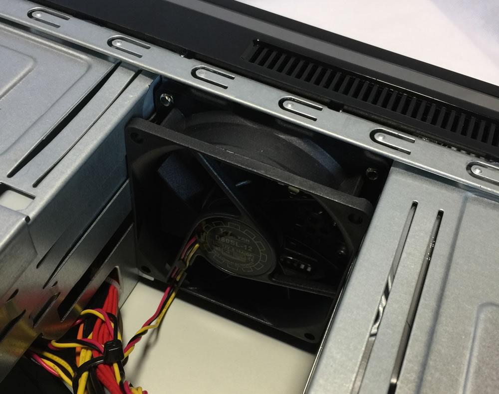 マウスコンピュータースリム型 LUV MACHINES Slim前面ファン